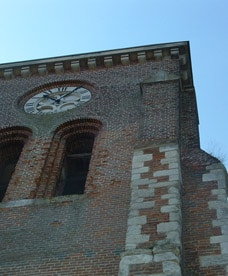 Façade de l'église de Cilly