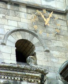 Cadran doré de l'église