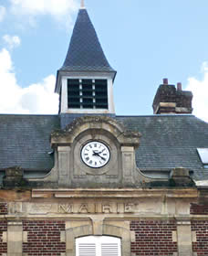Façade de la mairie de Cuvilly