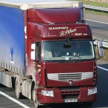 Camion de Pihen Transports