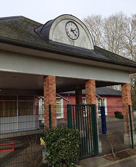 Cadran indiquant l'heure de l'école de l'abbaye