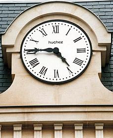 Horloge pour les habiatnts d'une résidence du Plessis-Robinson